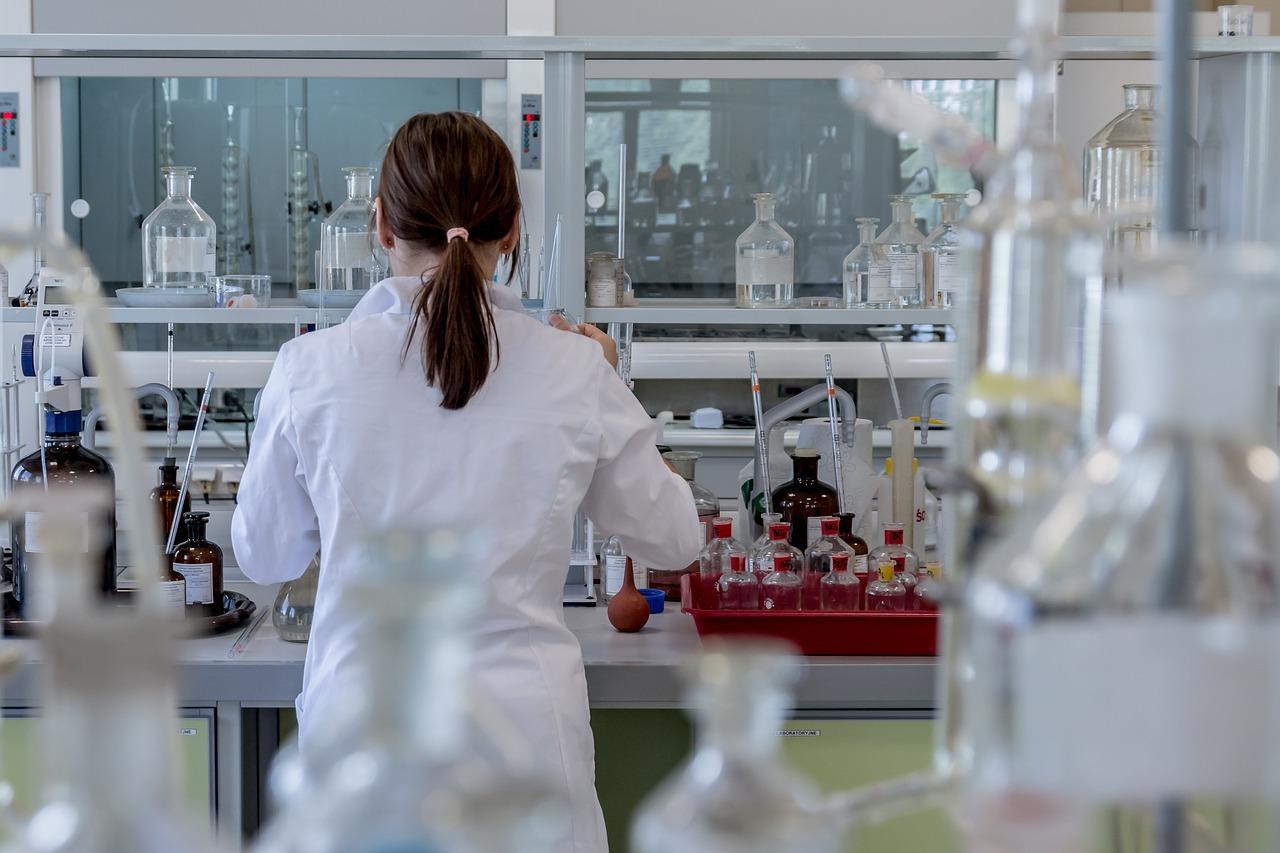 Rozwój zawodowy w farmacji – szkolenie dla farmaceutów